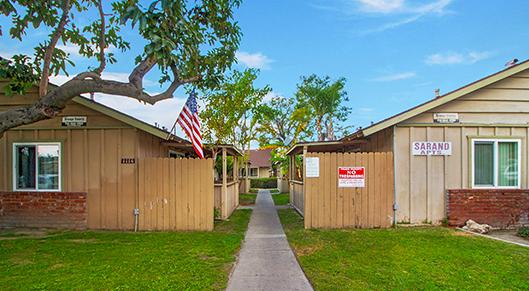 1114 N. Bewley, Santa Ana, CA