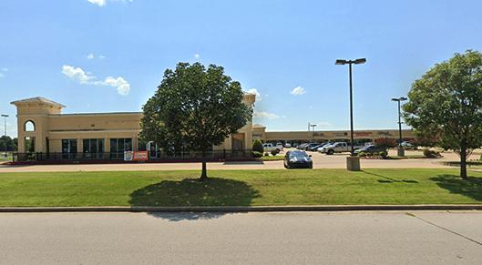 8222 E 103rd Street, Tulsa, OK